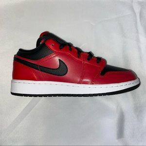 Nike Air Jordan 1 Low GS Reverse Bred 6Y 7.5W